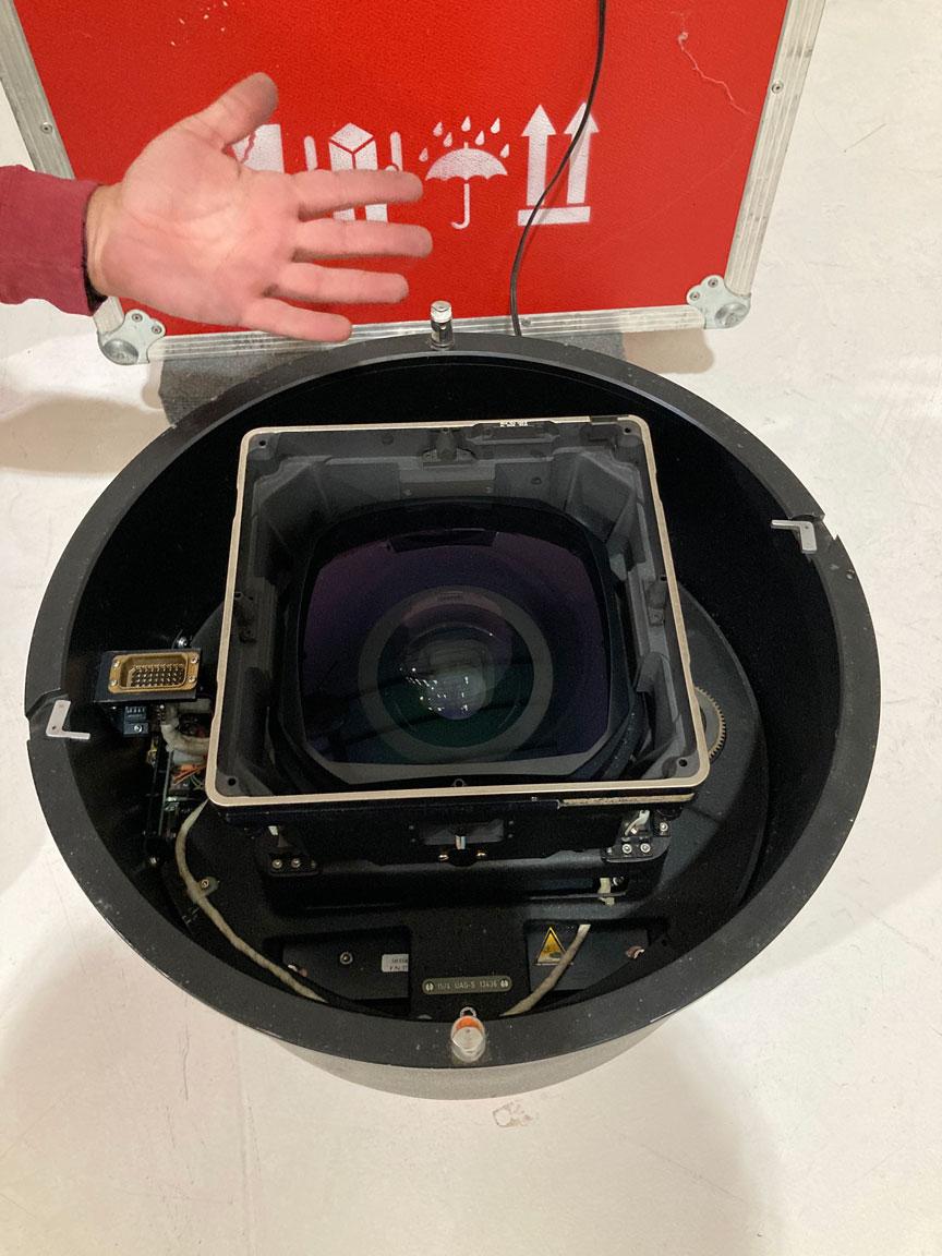 Leica-Lens-02