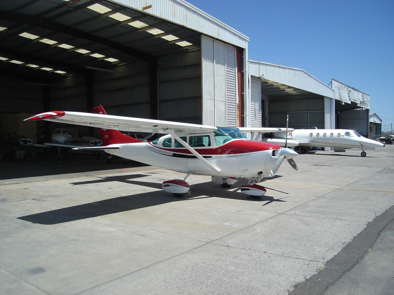 Cessna-206-A-1.jpg