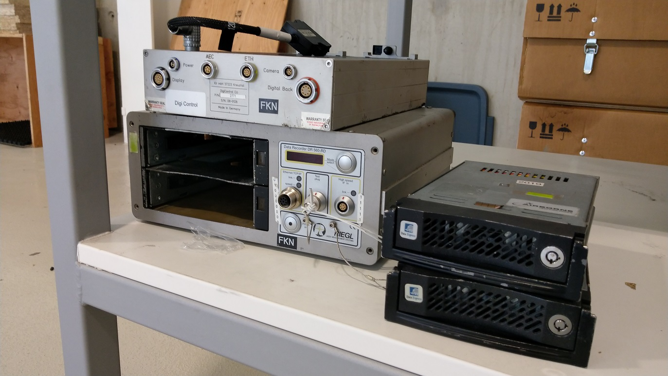 Data-Recorder-DR-560680-with-2x-hard-disks-sm.jpg